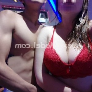 Monia escort girl